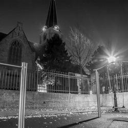 Oude Kerk en speltuin