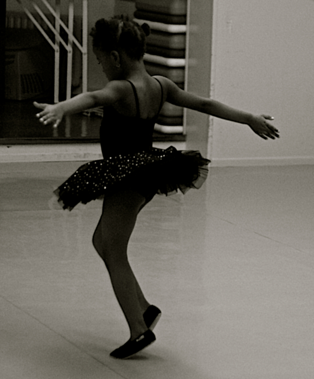 Paige Ballet Danseres - Vrij dansen tijdens les.