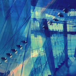 Opera in blue