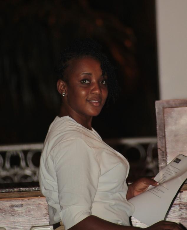Jamaica 2012 - Frontdesk medewerkster