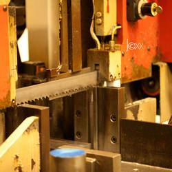 Machine bij de BUJA