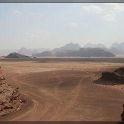 Spoorvorming in de woestijn