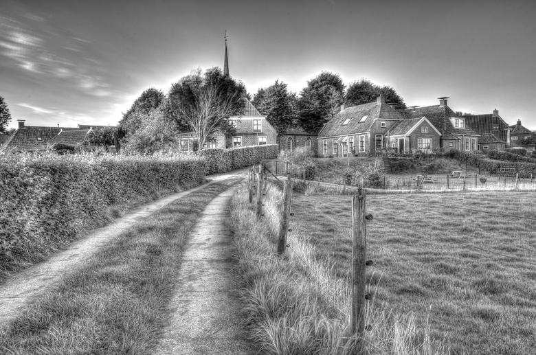 Niehove (Groningen) - HDR bewerking van het kenmerkende  dorpsgezicht van Niehove (Groningen)