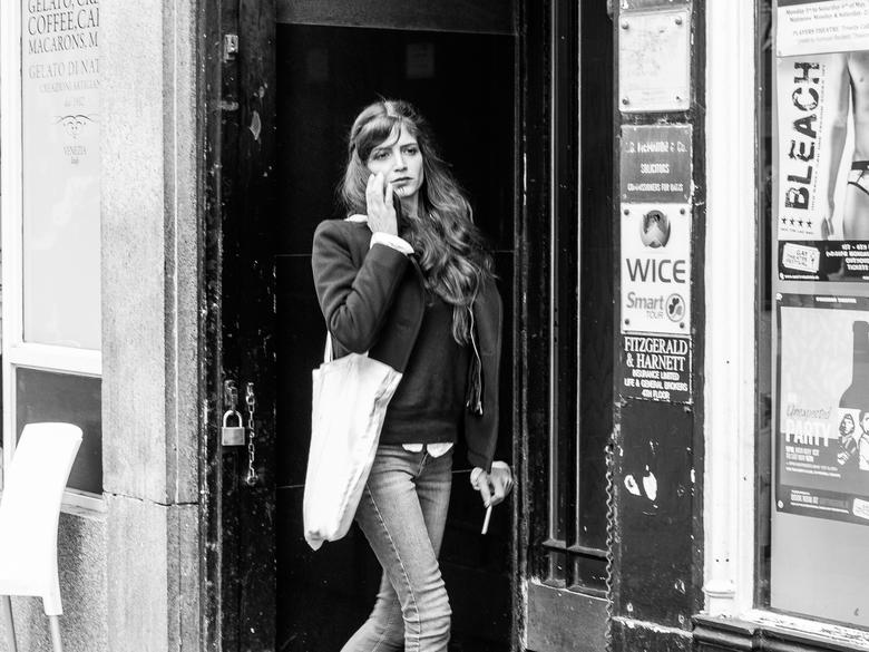 Dublin_lady_in_zwartwit-0537