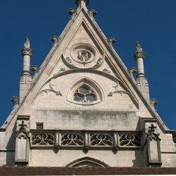 topgevel gotische kerk zijschip
