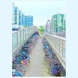 HDR fietsenstalling bij station Leiden