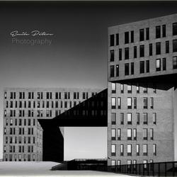 grijs_gebouw