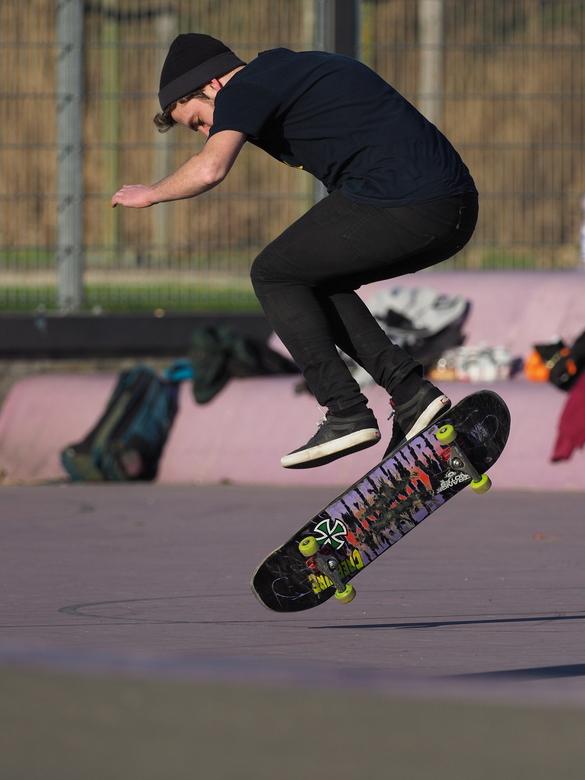 Skate... - Het is leuk werk ,om daar  de series  te maken...zal jullie  niet  alles laten zien, maar het is wel leuk de camera  op Hi Speed ..en dan p
