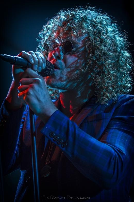 Marcel Veenendaal (DI-RECT) - Marcel Veenendaal, zanger van de populaire Nederlandse band Di-rect.