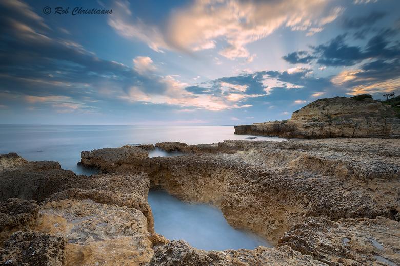 The Hole - Deze plek had ik al thuis uitgezocht, via google earth kwam ik er al achter dat het volgens mij ook een prachtige zwemplek voor een dagje z