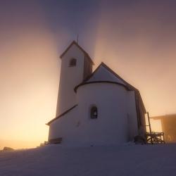 Zonsondergang Kerk op 1800 meter hoogte