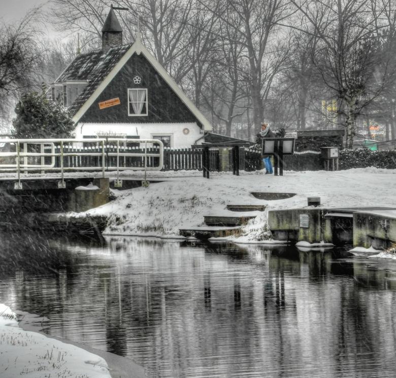Een winterse dag - sneeuwbui