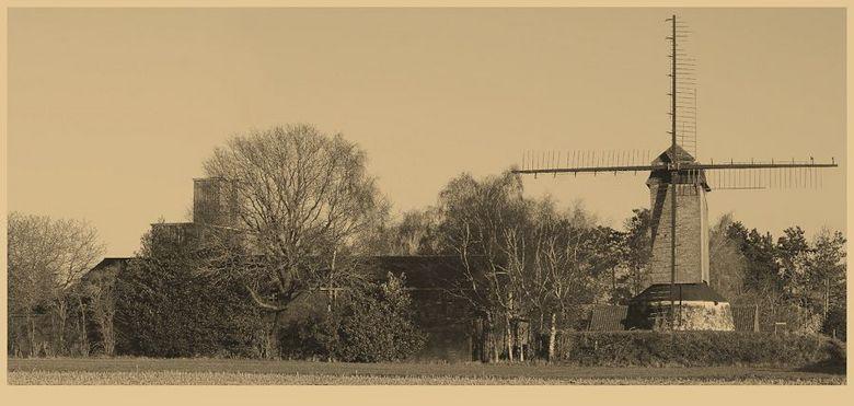 KOUTERMOLEN 2012-2 - Of is deze bewerking beter dat de eerste?<br /> zie:<br /> http://zoom.nl/foto/1959699/landschap/koutermolen-2012.html?object=u