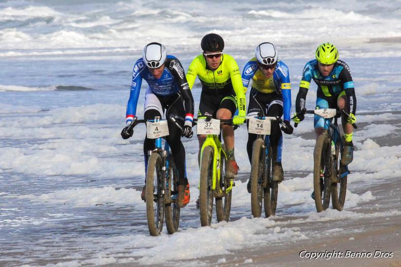 MTB Strand Race Texel  Paal 17  - MTB Strand Race Texel  Paal 17