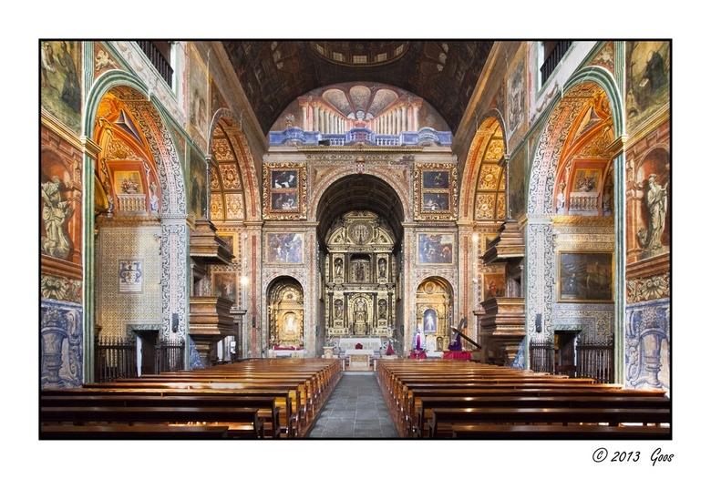Madeira 33 - Een kerk, ergens in Funchal.