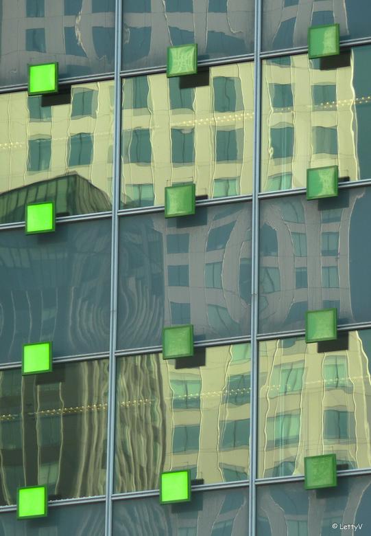 reflectie 2... - ... in Rotterdam.
