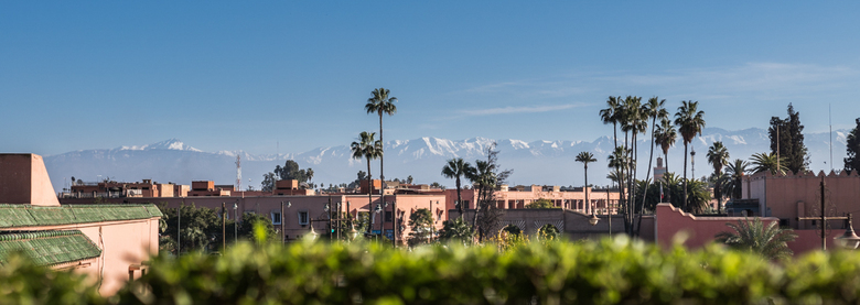 Marrakesh Atlas 2 (edit) - Naar aanleiding van de opmerking van birgitte61 een andere uitsnede.<br /> <br /> Een paar gebouwen van Marrakesh, Marokk