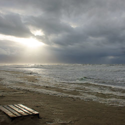 Pallet op strand