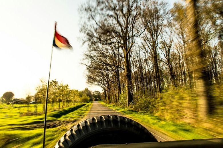 Zonnige jeep - Een zonnige zaterdag avond in de Jeep.