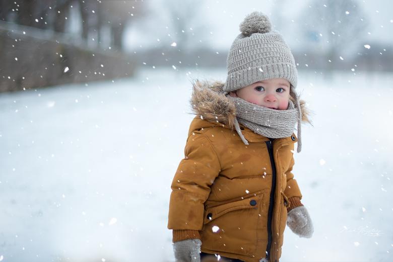 Snow fun - Mijn zoontje Dean zijn eerste sneeuw avontuur