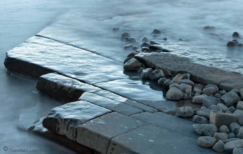 Rots en water 2 - Enigszins aangepaste versie van de vorige uplpoad.