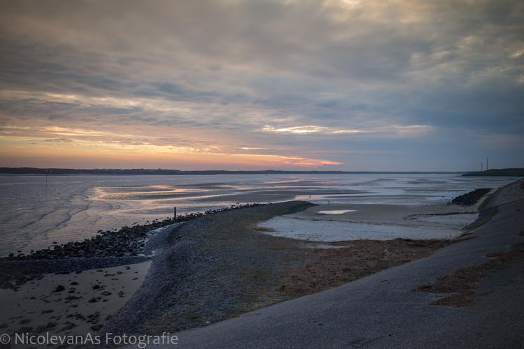 Mokbaai Texel. - De Mokbaai op Texel bij zonsondergang.