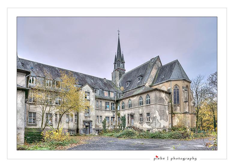 Kent School Duitsland - Vandaag een bezoek gebracht aan de Kent school in Duitsland. Je kunt deze urban site alleen bezoeken middels een photo tour. D
