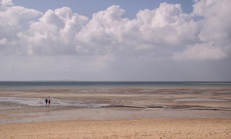 The big beach - Eb is echt eb op de stranden van Mozambique. Hoe heerlijk is het dan om in alle ruimte om je heen een lekkere wandeling met z'n t