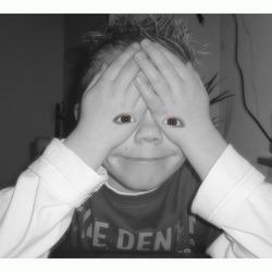Handen (voor de) ogen
