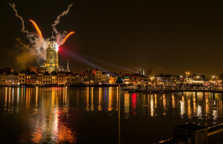 Deventer tijdens opening feestjaar ter ere van het 1250 jarig bestaan - Deventer skyline tijdens het openingsfestival ter ere van het 1250 jarig besta