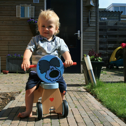lekker fietsen in de tuin