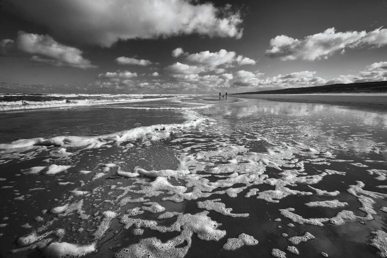 morning walk - Geschoten tijdens m&#039;n dagelijkse wandeling met de hond op het strand. Mooie wolkenluchten en een heerlijke zee.<br /> <br /> Ied