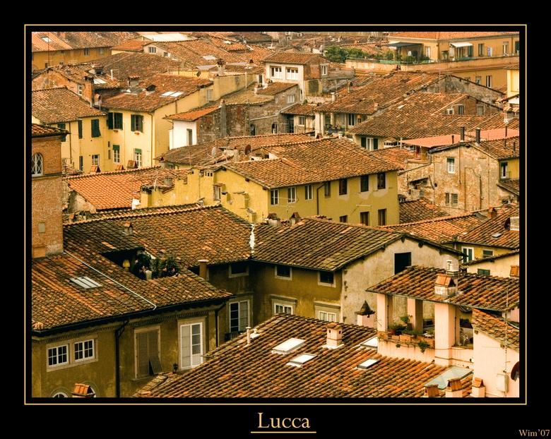 Tetti - Bovenaanblik van Lucca