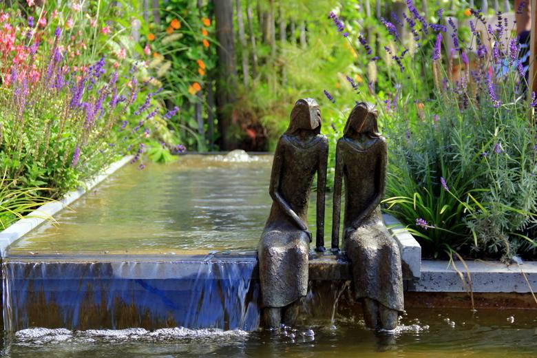 Eindeloos mijmeren... - Deze foto is gemaakt op de Floriade in Venlo.
