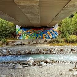verborgen graffiti bij lost lake