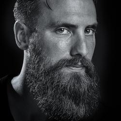 Model: Simon