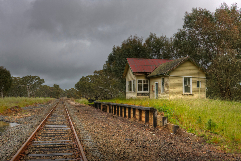 Once upon a time ... - ....a little railwaystation<br /> Omgeving Buangor - Victoria - Australia