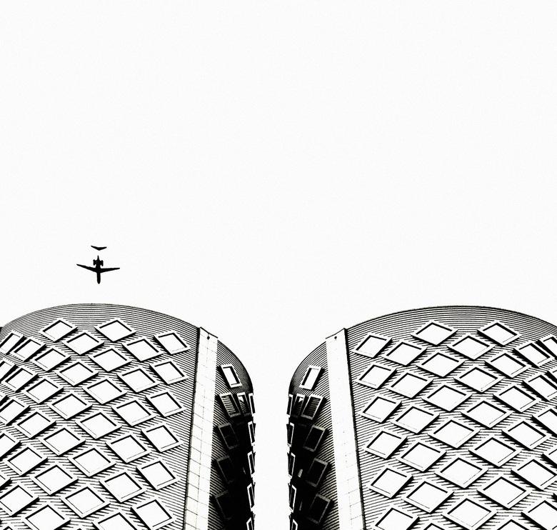 Two towers - SugarCity bij Halfweg, bewerking voornamelijk met Snapseed.