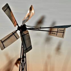 windmolen zonsondergang