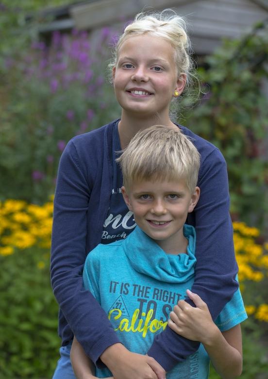 Bente en Sven - Broer en zus; twee kleinkinderen.