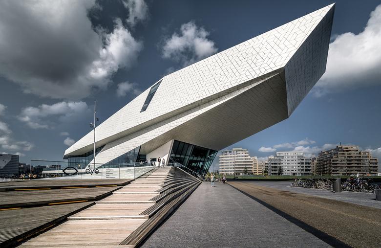 E Y E  Amsterdam - Afgelopen maandag was ik in Amsterdam voor het NPS Jimmy Nelson event. En omdat ik er toch was besloot ik  op de terugweg bij EYE l