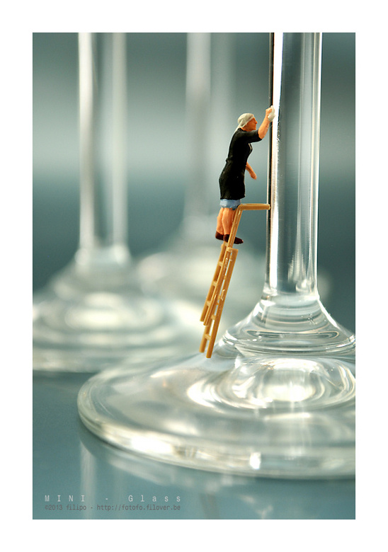 MINI - Glass - Elk vlekje op het glaswerk werd zorgvuldig verwijderd...