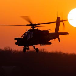 Zonsondergang op de vliegbasis Gilze-Rijen