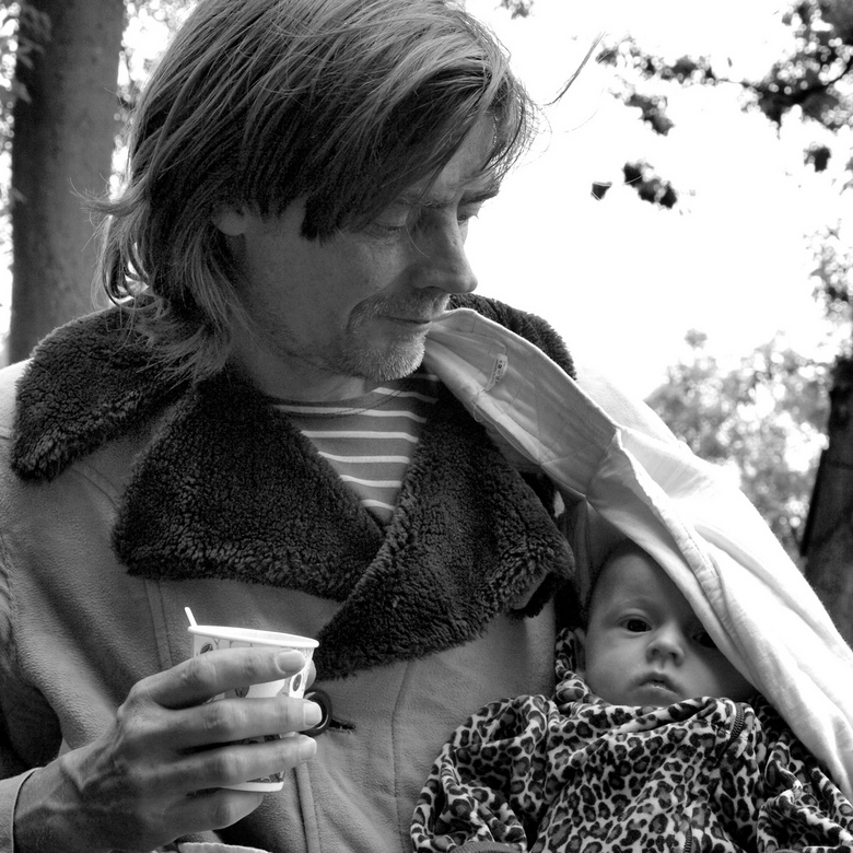 Hippies worden ook groot - Paar jaar geleden op een festival op Ruigoord beland (bedankt Sven) en daar leuke gesprekken gevoerd met relaxte mensen die