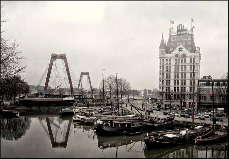 oude haven - Oude haven met Willemsbrug en het Witte Huis.
