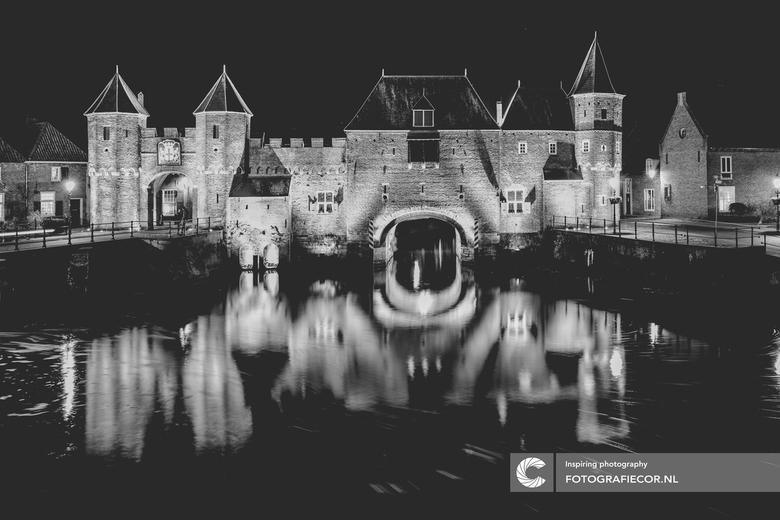 """Koppelpoort Amersfoort - Heerlijke locatie om te spelen met sluitertijden in de avond <img  src=""""/images/smileys/smile.png""""/>"""