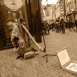 Didgeridoo in duotoon