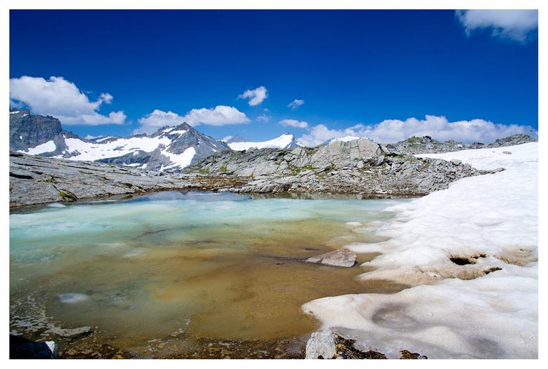 Molltaler Gletscher - Klein smeltwatermeertje bij de Molltaler Gletscher in Karinthie.