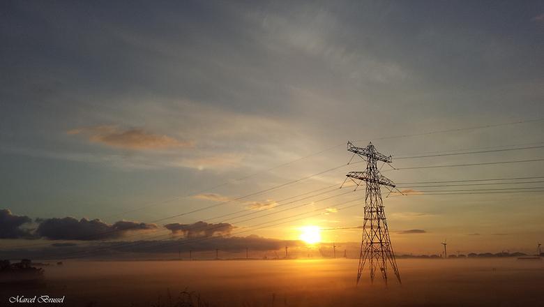 Good morning - Onderweg naar huis uit de nachtdienst kon ik het niet laten om met mijn smartphone een foto van dit uitzicht te maken.