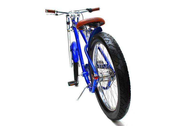 Beach Cruisers - Een fotoshoot van een paar mooie originele fietsen.